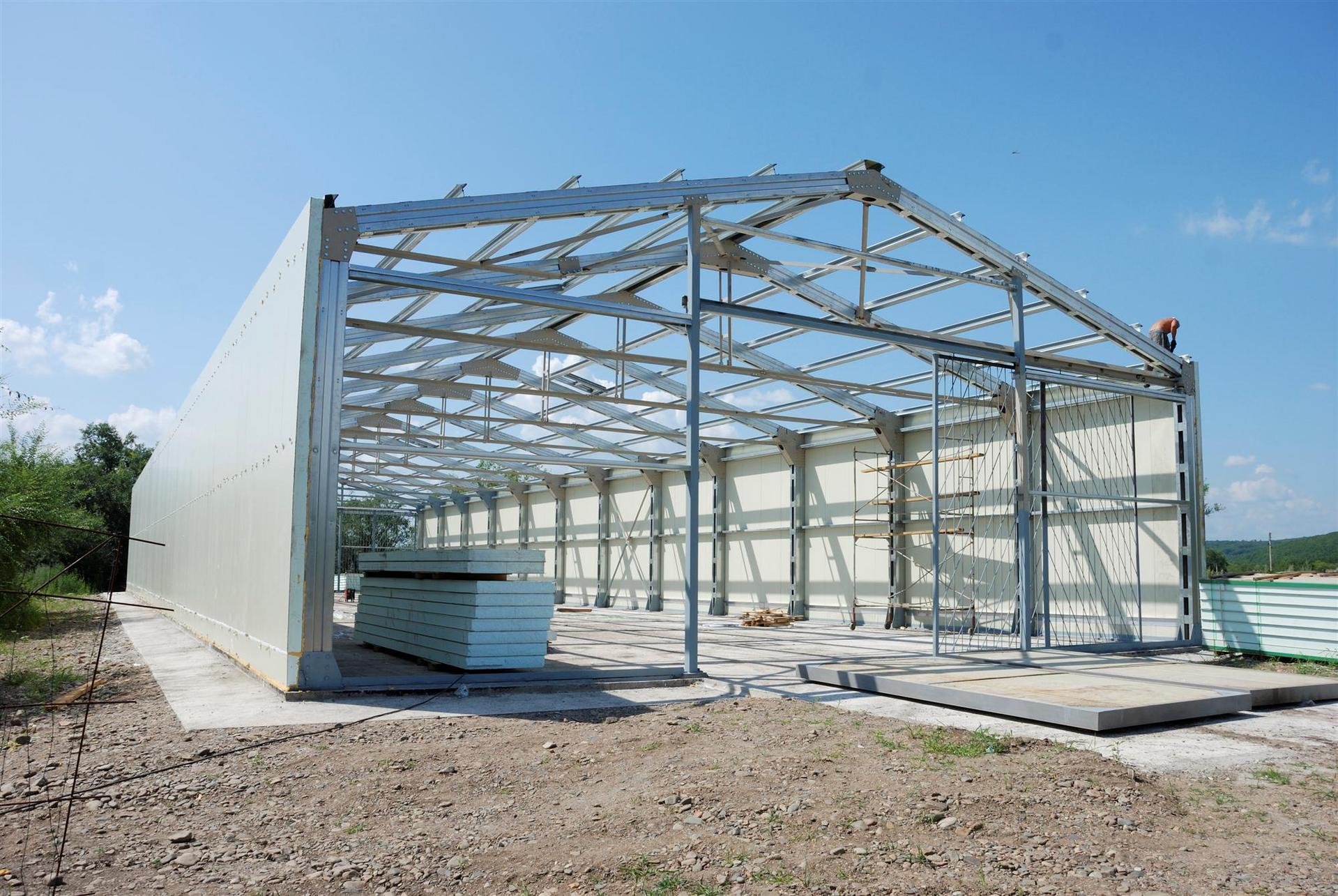 Prefabricated buildings made of light metal structures